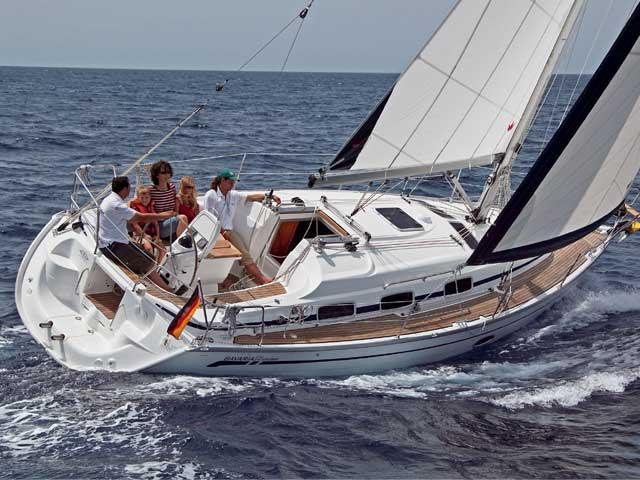 Bavaria 33 for yacht charter