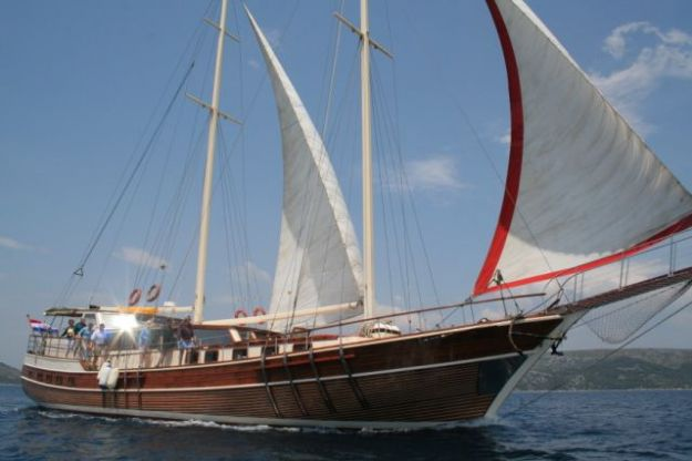 Gulet Gardelin for charter in Croatia